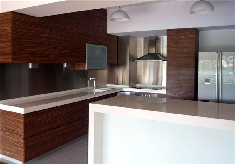 Canada goose outlet kitchen cabinets kitchen remodeling for Kitchen cabinets canada
